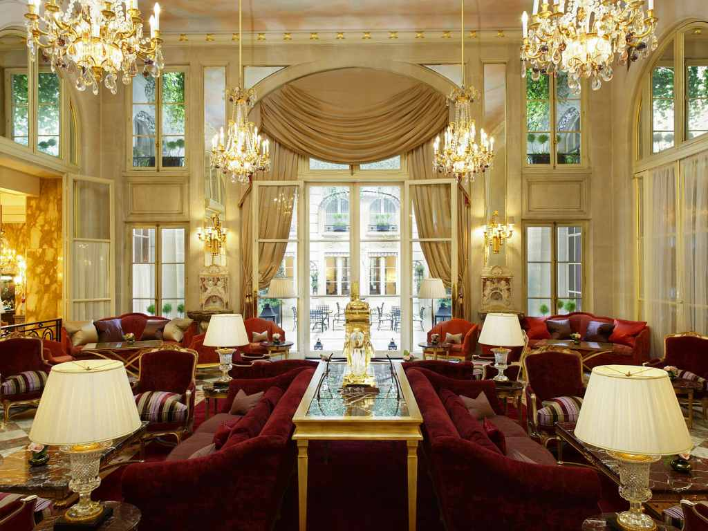 paris-hotel-de-crillon-13