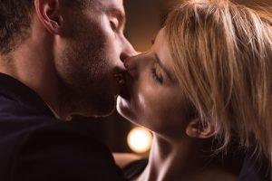Beijo longo e intenso