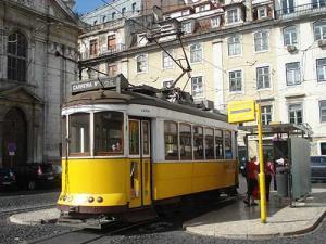 Imagem do bonde na cidade de Lisboa
