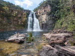 Imagem de cachoeira no parque nacional Chapada dos Veadeiros